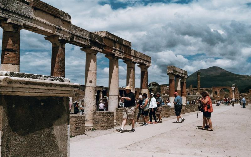 POMPEIA ITALIA - A HISTORIA QUE NINGUÉM TE CONTOU