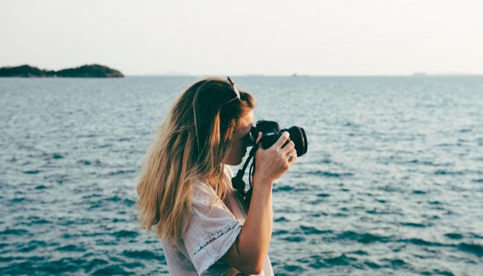 Dicas para tirar fotos sozinha em viagem