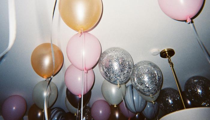 Cinema no quintal | Como comemorar seu aniversário em casa sozinha